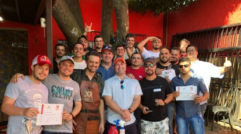 Leão BBQ e Macellaio Gastronomia formam terceira turma de assadores em 2018