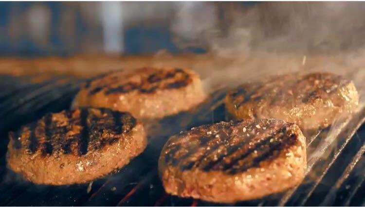 Utilizando apenas Carne Hereford, C6 Burger concorre ao título de melhor Hambúrguer do Brasil pela Prazeres da Mesa