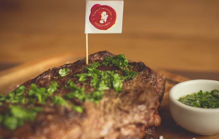 Carne Hereford encerra 2020 com mais de 40 mil animais certificados